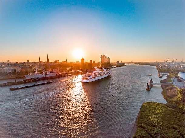 Hapag-Lloyd Cruises,Hamburg,Reise,Tourismus,Schifffahrt,Urlaub