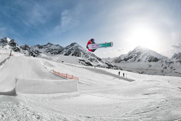 Snowboarder-Szene,Tourismus,Urlaub,Kühtai