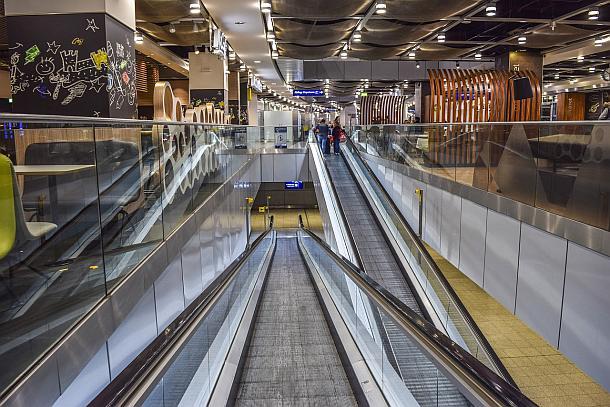 Airport,Ostern,Reisebeschränkungen,Tourismus,Reise,News